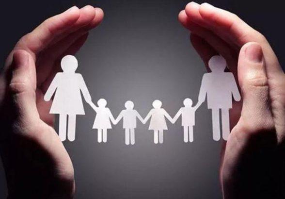В Госдуму инициирован законопроект о социальном контракте для многодетных семей