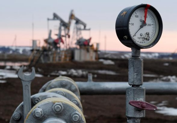 Цена нефти Brent ускорила рост до 6%