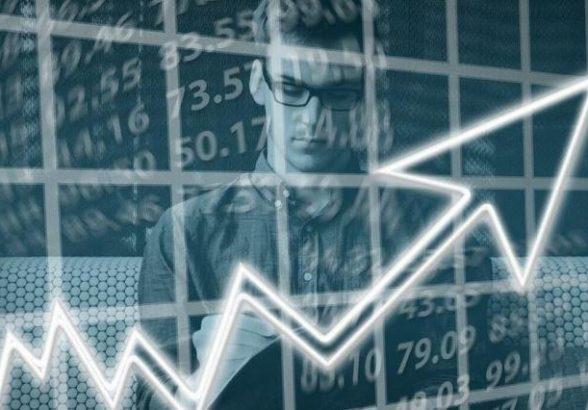 Эксперт назвал способы выхода России из экономического кризиса