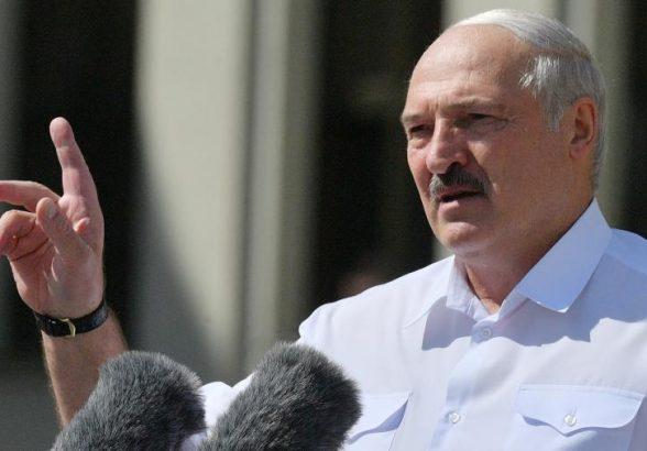 Лукашенко заявил о договоренности с Путиным по рефинансированию долга