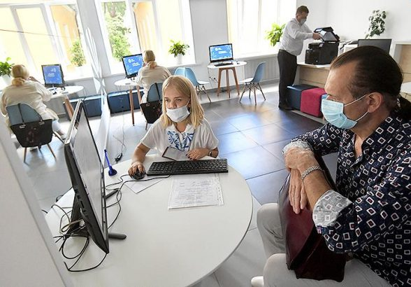 Орешкин допустил возвращение к докризисным значениям по занятости в 2021 году