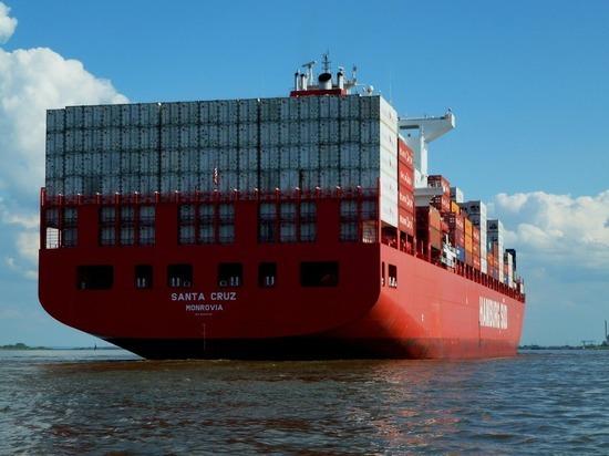Все поставки товаров из Китая оказались под угрозой