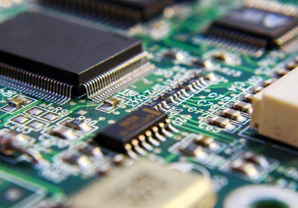 Минпромторг: Ситуация с чипами для автопрома сбалансируется за 4-5 месяцев