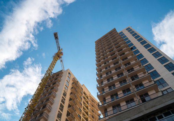 В России за два месяца выдали разрешения на строительство 3,5 млн кв. м жилья