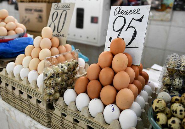 В Минпромторге объяснили рост цен на куриные яйца