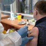 Таиланд планирует импортировать российскую вакцину от COVID-19 для животных
