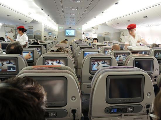 Как купить авиабилет в три раза дешевле: эксперт показал лайфхак