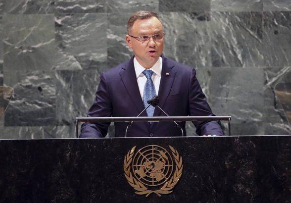 Президент Польши усомнился, что богатый Север повел себя достойно во время пандемии